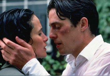 Quattro matrimoni e un funerale: il celebre finale con Hugh Grant e Andie McDowell