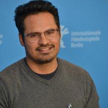 Berlino 2016: Michael Peña al photocall di War On Everyone