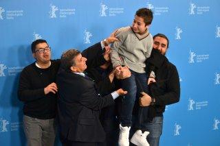 Berlino 2016: Samuele Puccillo, il regista Gianfranco Rosi, Pietro Bartolo in uno scatto al photocall di Fuocoammare