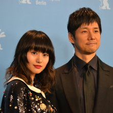 Berlino 2016: Shioli Kutsuna e Hidetoshi Nishijima al photocall di While the Women Are Sleeping