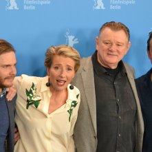 Berlino 2016:Emma Thompson, Brendan Gleeson, Daniel Brühl e Mikael Persbrandt al photocall di Alone in Berlin