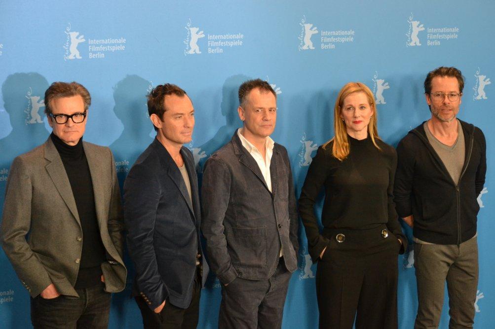 Berlino 2016: Jude Law, Colin Firth, Michael Grandage, Laura Linney e Guy Pearce al photocall di Genius
