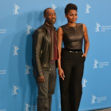 Berlino 2016: Don Cheadle e Emayatzy Corinealdidurante il photocall di Miles Ahead