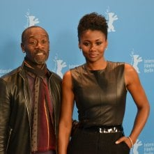 Berlino 2016: Don Cheadle e Emayatzy Corinealdi posano al photocall di Miles Ahead