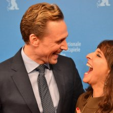 Berlino 2016: Tom Hiddleston e Susanne Bier ridono sul red carpet di The Night Manager