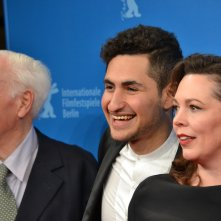 Berlino 2016: John Le Carré, Amir El-Masry, Olivia Colman sul red carpet di The Night Manager
