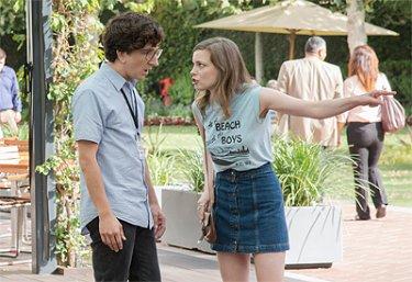 Love: Paul Rust e Gillian Jacobs in una foto della serie Netflix