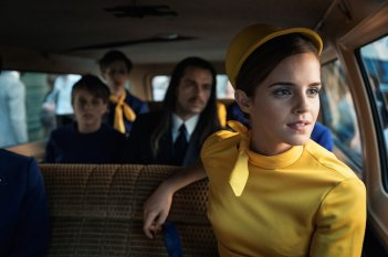 Colonia: Emma Watson in macchina in una scena del film