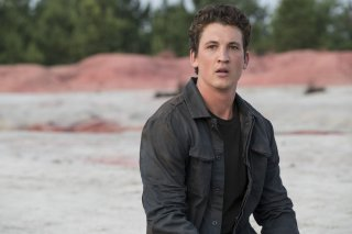 The Divergent Series: Allegiant, Miles Teller in una scena del film