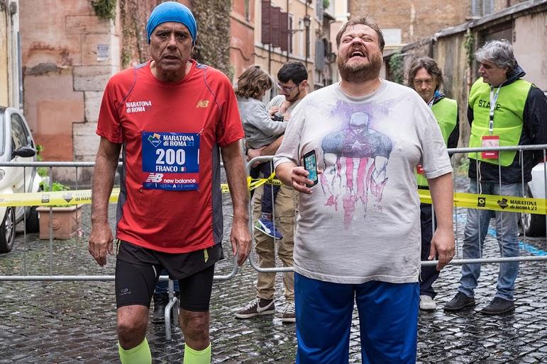 Forever Young: Teo Teocoli e Stefano Fresi in una scena del film