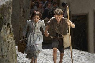 Heidi: Anuk Steffen e Quirin Agrippi in una scena del film