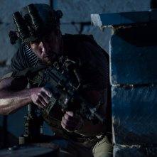 13 Hours: The Secret Soldiers of Benghazi, Pablo Schreiber in una scena del film