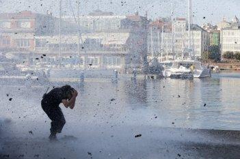 Desconocido - Resa dei conti: una scena del film durante un'esplosione