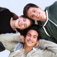 Un bacio: Rimau Grillo Ritzberger, Valentina Romani e Leonardo Pazzagli in un'immagine promozionale