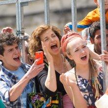 Un'estate in Provenza: Hugo Dessioux, Anna Galiena e Chloe Jouannet in una scena del film