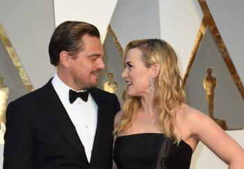Oscar 2016: Kate Winslet e Leonardo DiCaprio sul red carpet