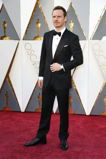 Oscar 2016: Michael Fassbender sul red carpet