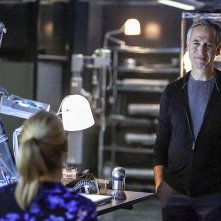 Arrow: l'attore Tom Amandes è The Calculator in Sins of the Father