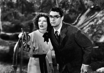 Susanna, con Katharine Hepburn e Cary Grant