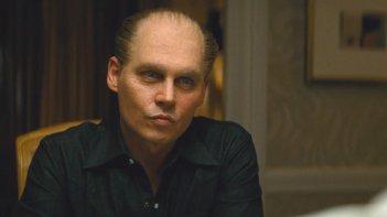 Lo sguardo di ghiaccio di Johnny Depp in Black Mass - L'ultimo gangster