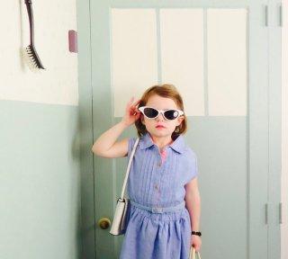 La figlia di Maggie Storino ricrea la foto di Saoirse Ronan in Brooklyn