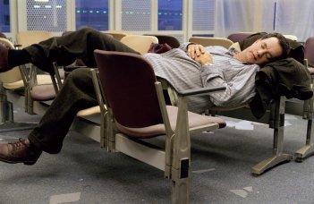 The Terminal: uno scomodo pisolino per il povero Tom Hanks