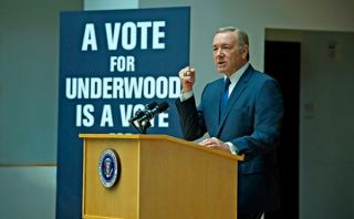 House of Cards: Kevin Spacey è Frank Underwood in una foto della serie