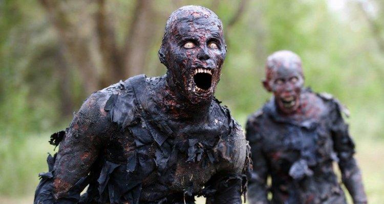 """Amazon, attenzione alla clausola """"zombie"""" nei termini di servizio!"""