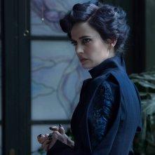 Miss Peregrine's Home for Peculiar Children: lo sguardo preoccupato di Eva Green