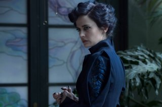 Miss Peregrine's Home for Peculiar Children: lo sguardo preoccupato di Eva Green