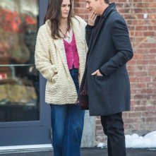 Collateral Beauty: Edward Norton e Keira Knightley passeggiano sul set