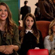 Younger: Sutton Foster, Molly Bernard e Hilary Duff in una foto della prima stagione