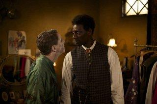 Mister Chocolat: Omar Sy e James Thierrée in un momento del film