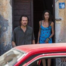 Veloce come il vento: Stefano Accorsi e Roberta Mattei in un momento del film