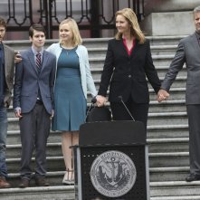 The Family: Zach Gilford, Liam James, Alison Pill, Joan Allen e Rupert Graves in una foto della serie