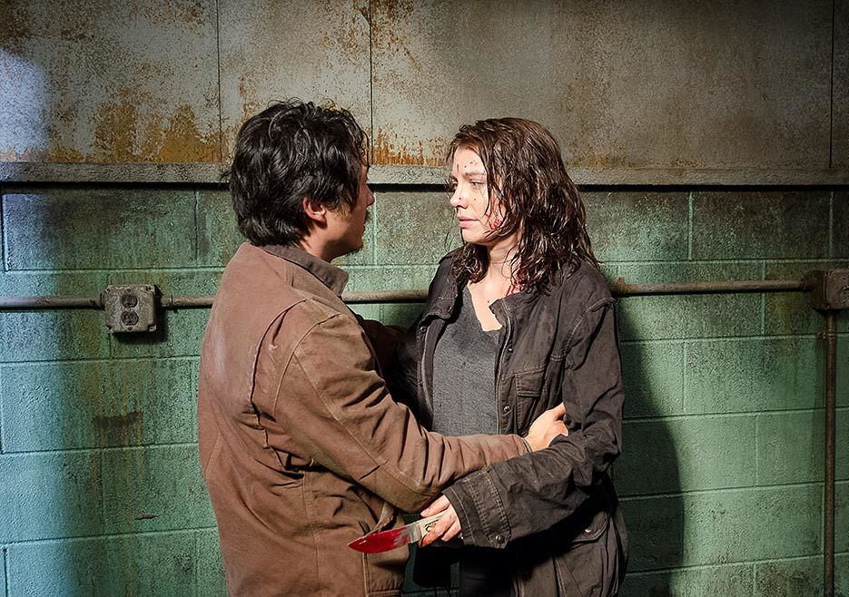 The Walking Dead: Steven Yeun e Lauren Cohan in una foto dell'episodio Nella stessa barca
