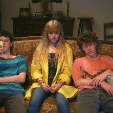 Bang Gang: Marilyn Lima (al centro) in una scena del film
