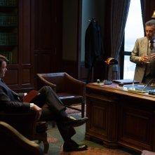 Misconduct: Josh Duhamel e Al Pacino in una scena del film