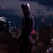 Daredevil: Charlie Cox in una foto della seconda stagione