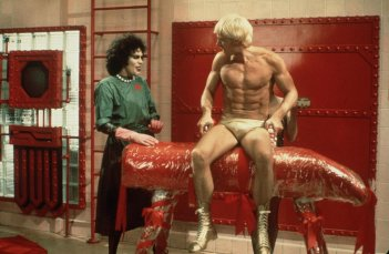 The Rocky Horror Picture Show: Tim Curry e Peter Hinwood in scena
