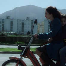 Il bambino di vetro: Vincenzo Ragusa e Chiara Muscato in un momento del film