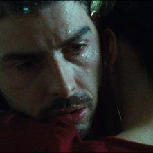 Senza lasciare traccia: Michele Riondino in un intenso momento del film