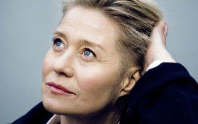 """Trine Dyrholm ne La comune: """"Ora che sarei pronta per Hollywood, sono troppo vecchia"""""""