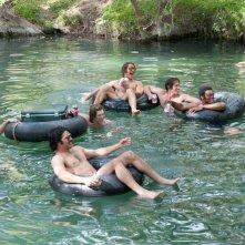Tutti vogliono qualcosa: Tyler Hoechlin, Glen Powell, Blake Jenner e J. Quinton Johnson in una scena del film