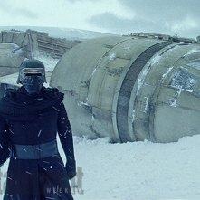 Star Wars: Il Risveglio della Forza - Adam Driver in una foto tratta da una scena inedita