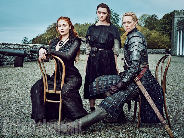 Il trono di spade: una foto di Sophie Turner, Maisie Williams e Gwendoline Christie realizzata per Entertainment Weekly