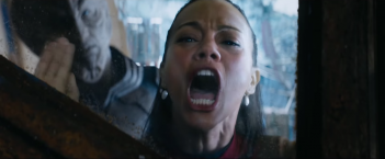 Star Trek Beyond: Zoe Saldana in una scena del film