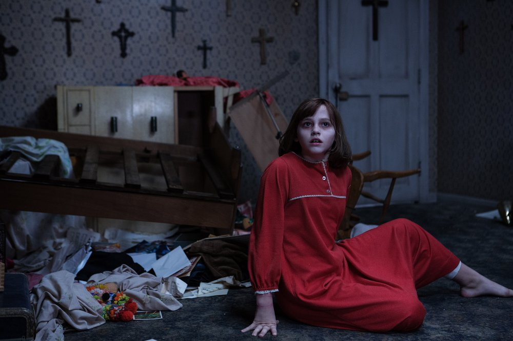 The Conjuring 2 - L'evocazione: Madison Wolfe in una scena del film