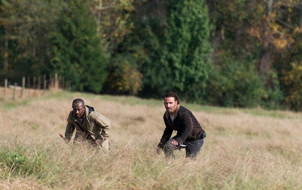 The Walking Dead, Andrew Lincoln e Lennie James nell'episodio 6x15 Il cerchio