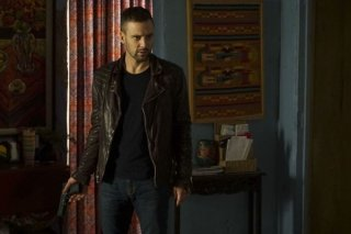 Agents of S.H.I.E.L.D.: Nick Blood in una foto dell'episodio Bouncing Back